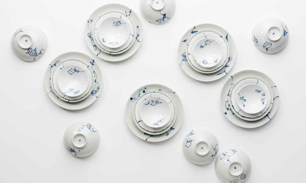 blue and white bowls and dishes