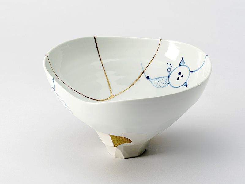 kintsugi bowl blue and white beaver galleries3